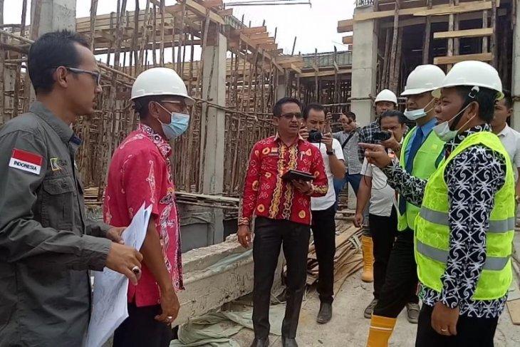 Bupati tinjau pembangunan rumah sakit baru di Sanggau