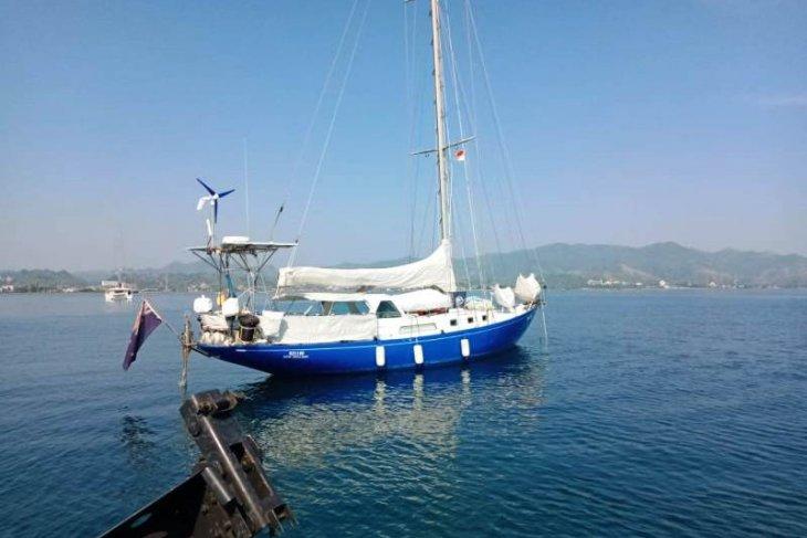 Kapal Yacht dari empat negara diperiksa Imigrasi-Lanal Mamuju