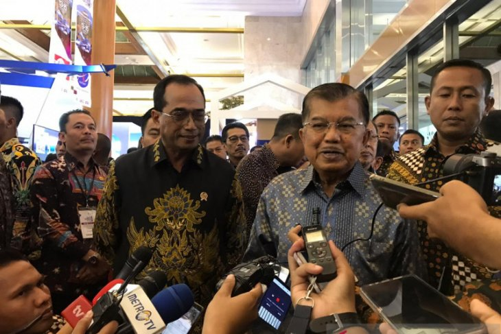 Kalla pins hopes on new KPK leaders working properly