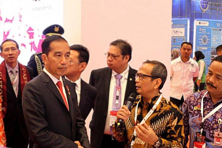 Jaringan Aman Mandiri dikenalkan di depan Presiden Jokowi