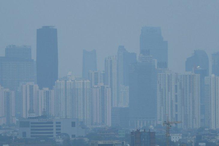 Senin pagi, udara di Jakarta terburuk kedua dunia