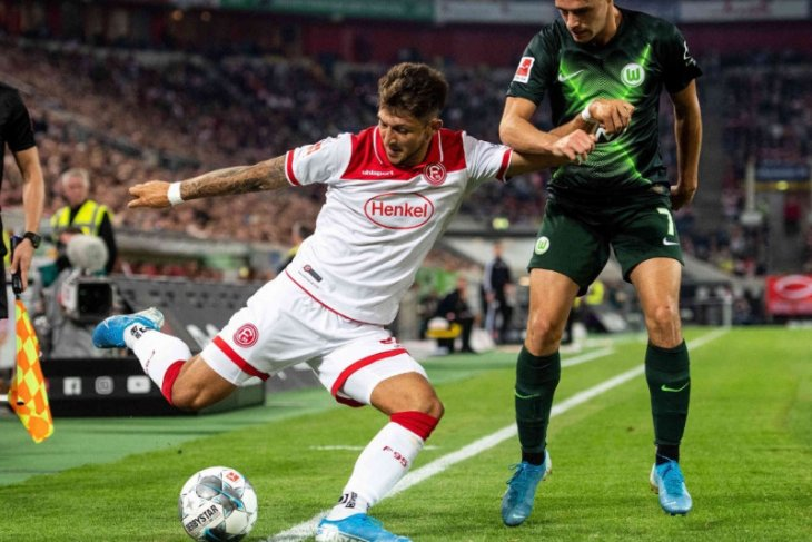 Wolfsburg lawan Dusseldorf bermain imbang 1-1