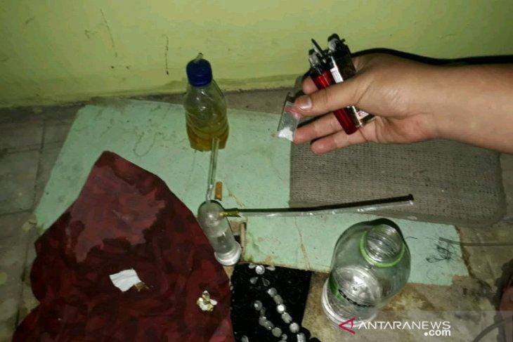 Konsumsi sabu, anak mantan Sekda Padangsidimpuan ditangkap