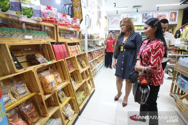 Pemkab Landak-Bandara Supadio pasarkan produk UMKM