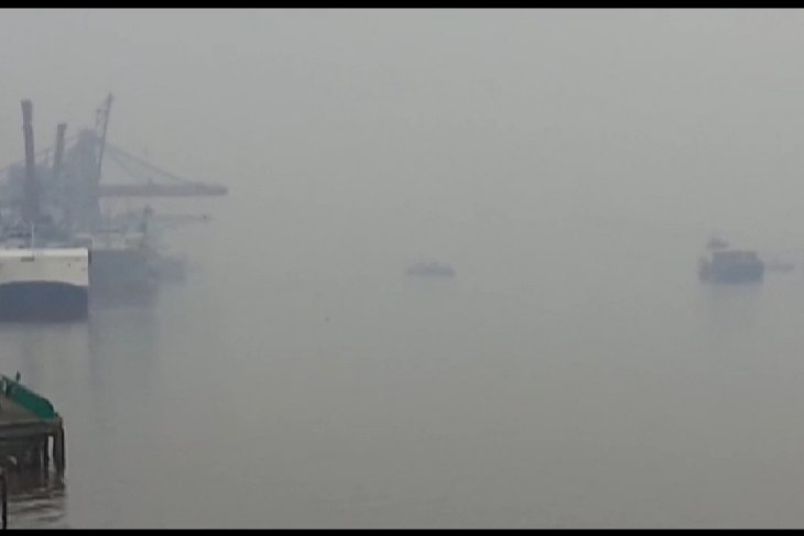 Kabut asap Kalbar, Pontianak liburkan sementara sekolah tanpa batas waktu