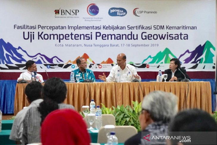 A coordinating ministry commends competence test for geopark guides