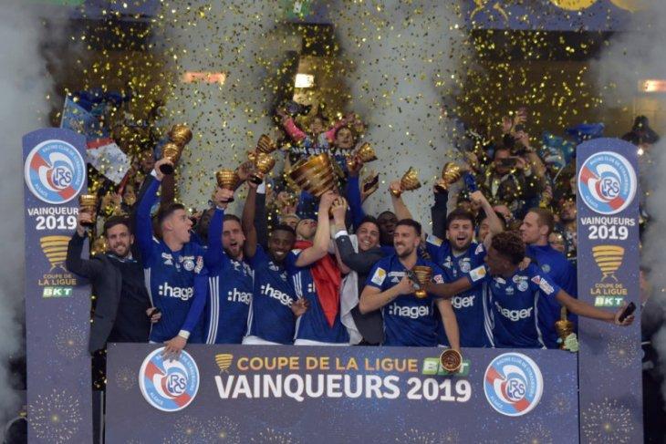 Musim depan Prancis menangguhkan Piala Liga