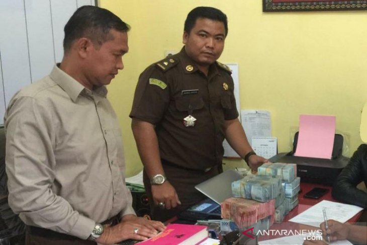 Dugaan korupsi SD Paya Ilang, tersangka kembalikan uang ratusan juta