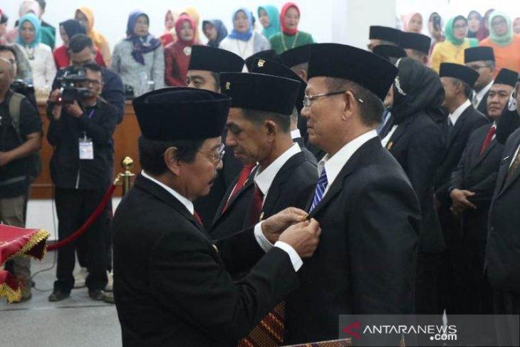35 Anggota DPRD Bangka resmi dilantik