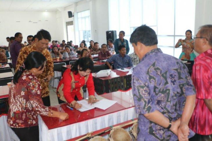Wakil Bupati Samosir kampanyekan gerakan satu hari tanpa beras