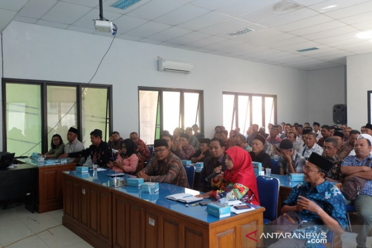 DPMD Situbondo sosialisasikan seleksi bakal calon pilkades serentak