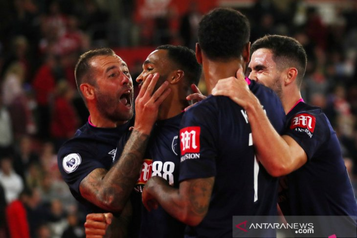 Bournemouth permalukan Southampton