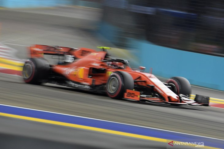 GP Singapura, Leclerc raih pole position