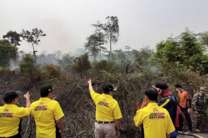 Diturunkan tujuh helikopter pembom air atasi kebakaran lahan di Sumsel