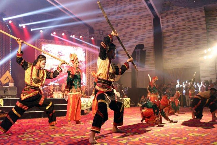 Festival dan Lomba Seni Siswa Nasional Ditutup, DKI Jakarta Juara Umum