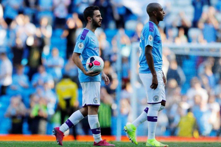 Cuitan bercanda Bernardo Silva kepada Mendy diselidiki FA