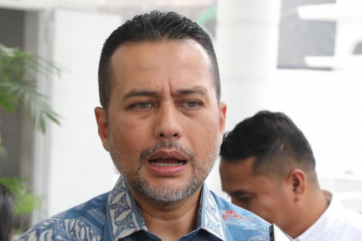 Buntut kasus uang hilang Rp1,6 miliar, Gubernur Sumut copot tiga pejabat