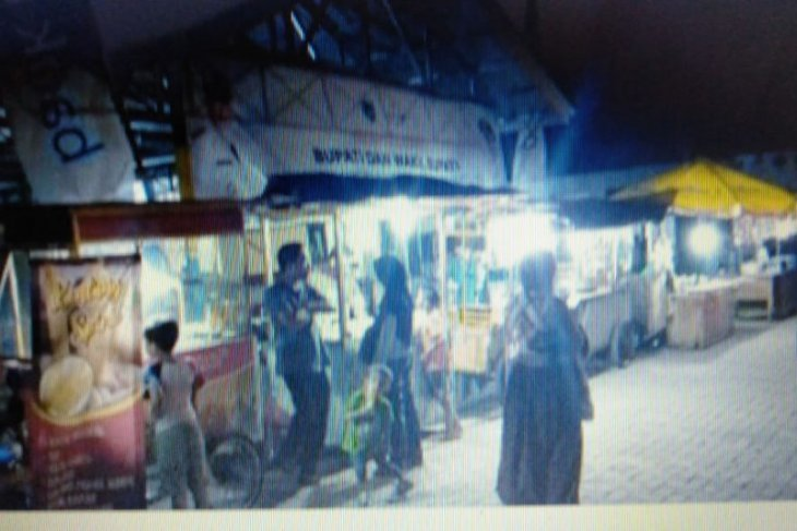 Para pedagang di Wisata Kuliner Gedung Juang mengaku tak nyaman