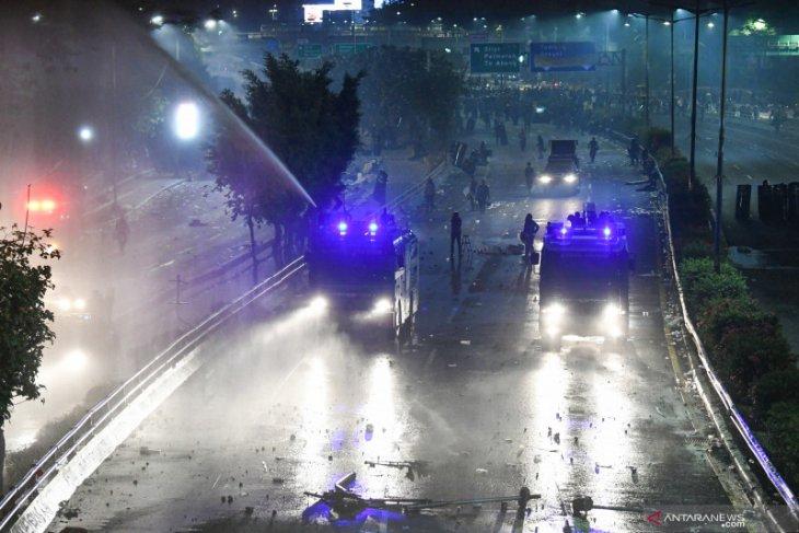 Penolakkan RUU berujung ricuh di Jakarta
