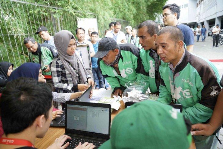 Jasa Gojek berikan kontribusi perekonomian Bali