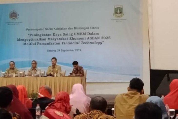 Pelatihan pemasaran 'online' diberikan pada UMKM Banten
