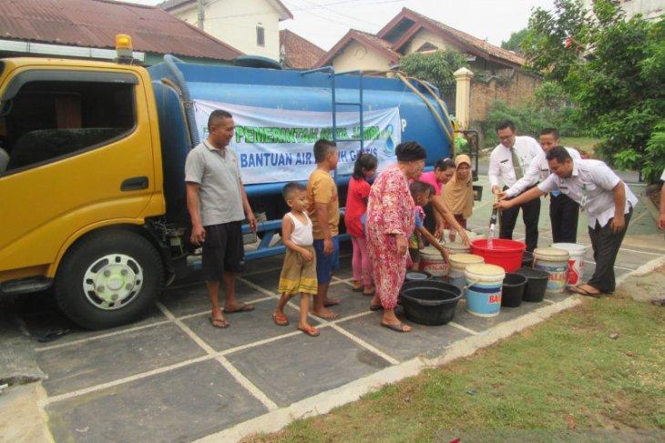 Pemkot dan PDAM Jambi distribusikan air bersih