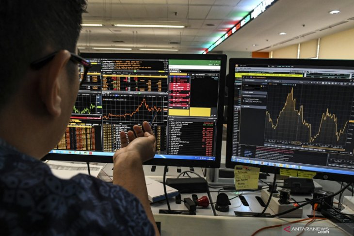 IHSG awal pekan dibuka melemah terbawa koreksi bursa regional Asia