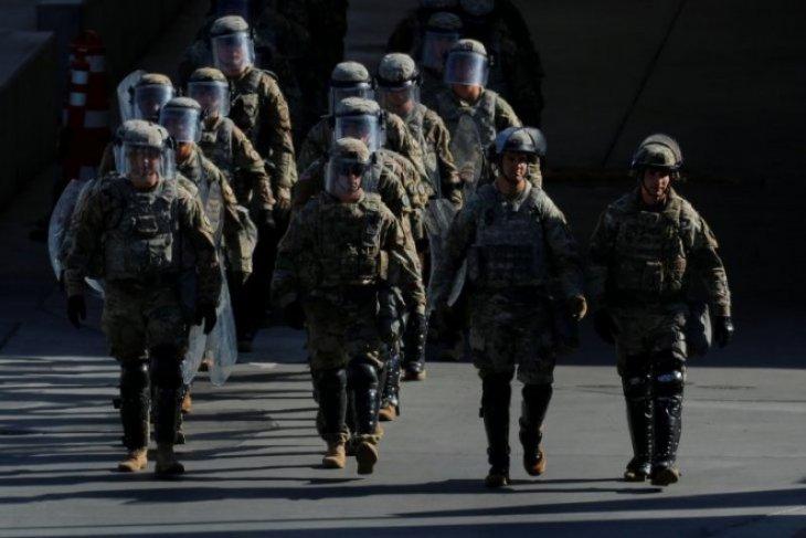 Tingkat bunuh diri anggota dinas militer AS melonjak