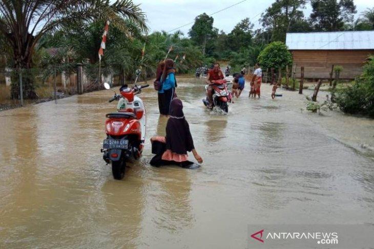 BPBD imbau warga waspadai banjir Aceh Barat