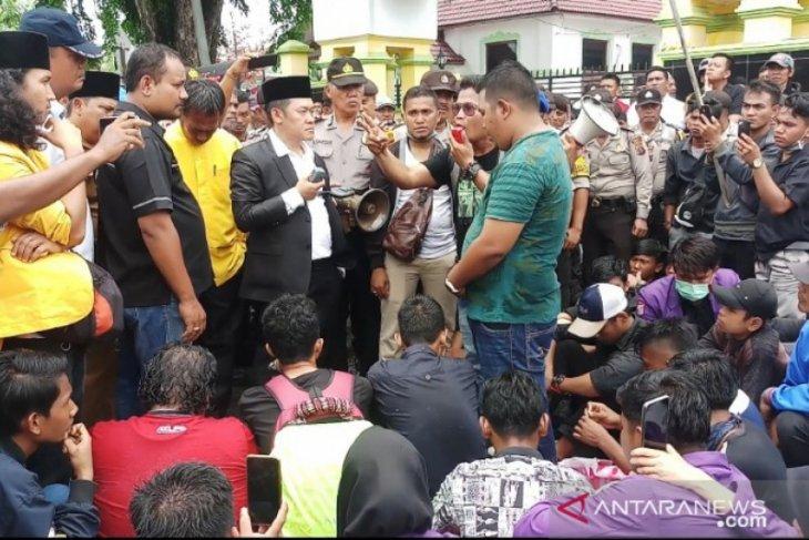 Pimpinan sementara DPRD Tanjungbalai sepakat tolak korupsi