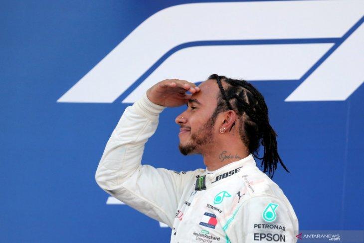 Gelar keenam semakin dekat, Hamilton ogah pikirkan skenarionya