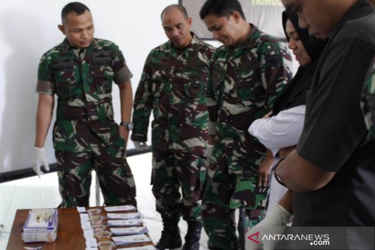 Cegah terlibat Narkoba, prajurit TNI di Abdya tes urine