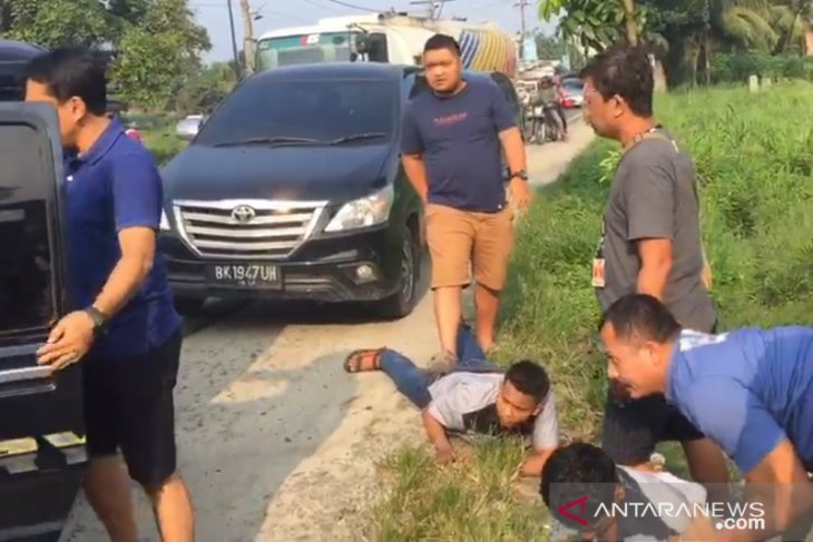 Polisi tangkap tujuh penyelundup 16 kg sabu-sabu asal Malaysia