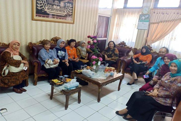 Pejabat Perpustakaan Nasional Kunjungi Dinas Perpustakaan dan Kearsipan Provinsi Lampung