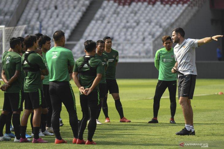 Timnas dibenamkan UAE lima gol tanpa balas