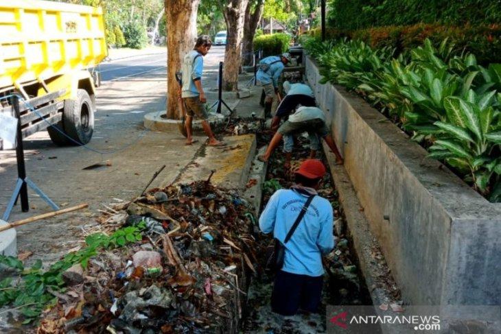 Pemkot Denpasar antisipasi musim hujan lewat
