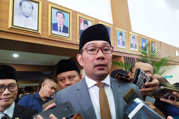 Kang Emil minta Unpad buat pusat penelitian di Jabar