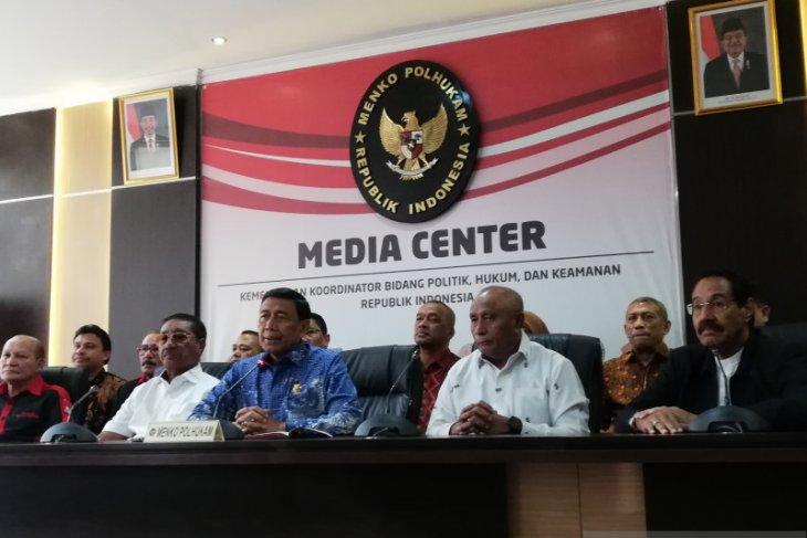 Wiranto minta maaf terkait korban gempa Ambon