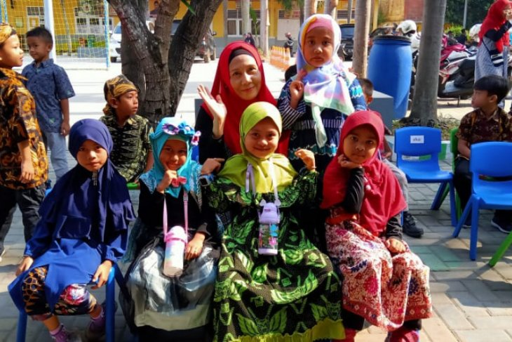 Kenalkan batik pada anak lewat lomba fashion show