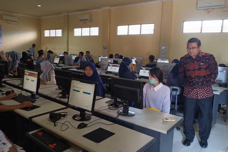 ULM- Briton English Education uji Bahasa Inggris mahasiswa baru