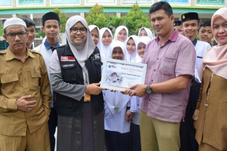 ACT Aceh:  MTsN Model Banda Aceh galang donasi korban kebakaran hutan