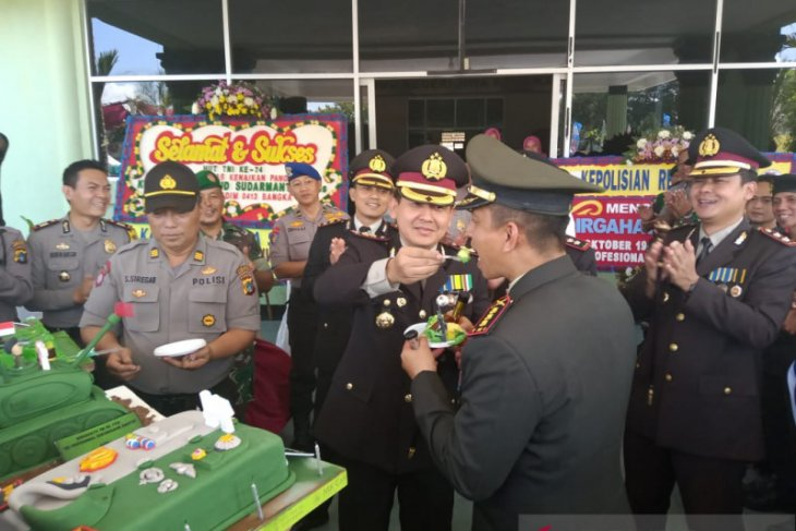 HUT TNI ke-74, Kapolres Bangka kunjungi Kodim 0413 Bangka dan Mako TNI
