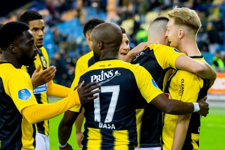 Liga Belanda, Vitesse naik ke urutan tiga saat Sparta jegal Twente