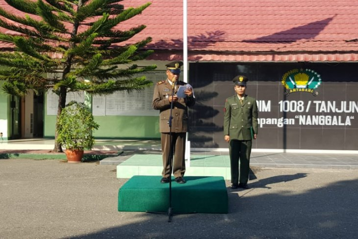 Kodim 1008/Tanjung gelar upacara HUT  ke - 74 TNI