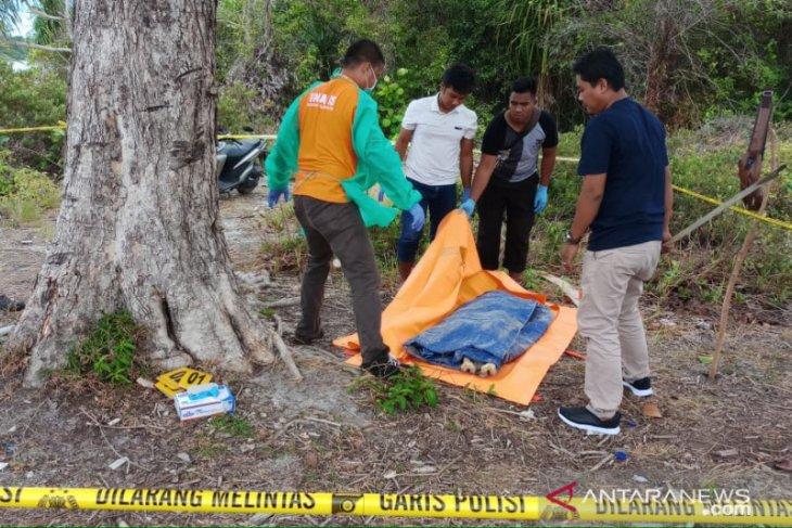 Kerangka manusia ditemukan di pantai Bangka Tengah