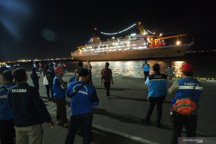 Puluhan pengungsi Wamena tiba di Tanjung Perak Surabaya