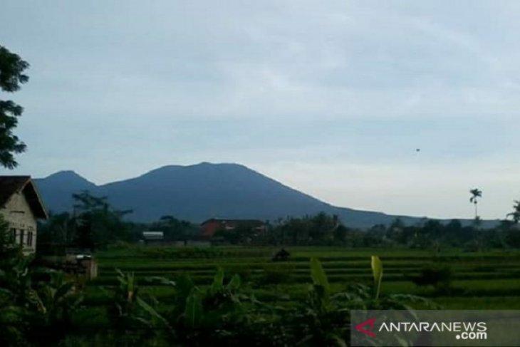 Jalur pendakian Gunung Gede Pangrango aman selama musim kemarau