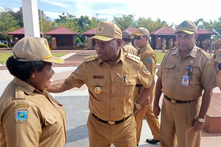 Gubernur Mandacan ingin aset Papua Barat dikelola secara tertib