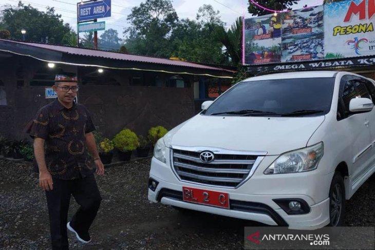 Wabup Abdya tempuh jalan darat ke Pulau Jawa
