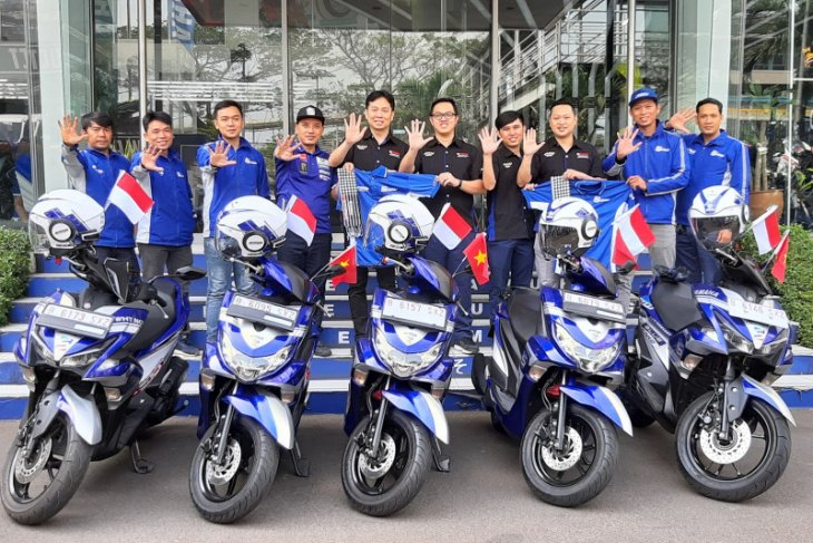 Touring Yamaha